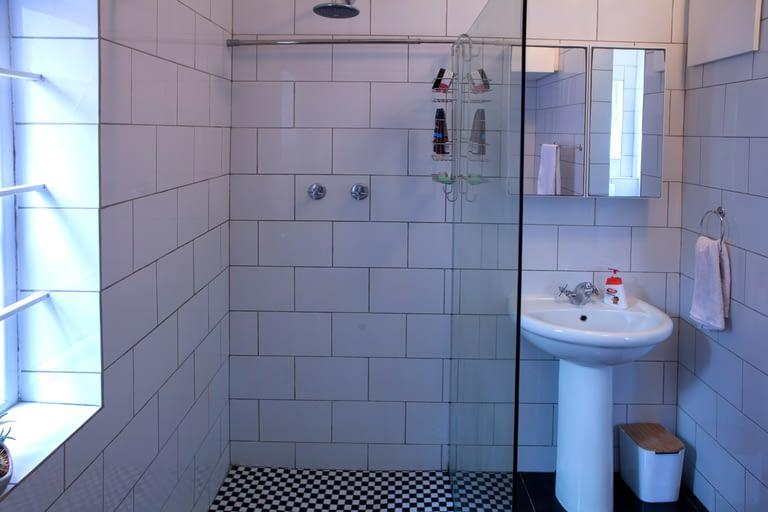 3FraserRd_0137_bathroom