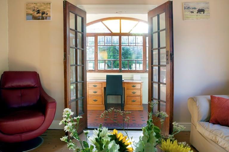 tn_18Yarmouth_0137_frontroom
