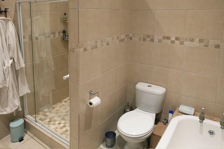 tn_19Dover_bathroom_shower