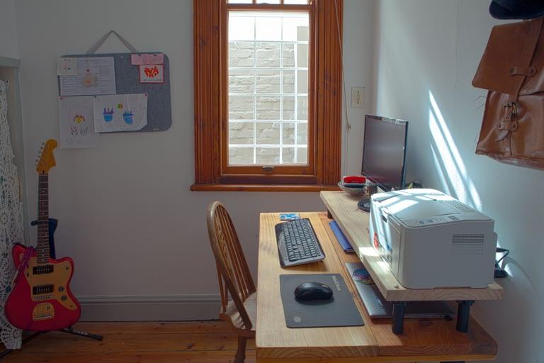 3Fraser_office